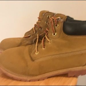 Youth work boots